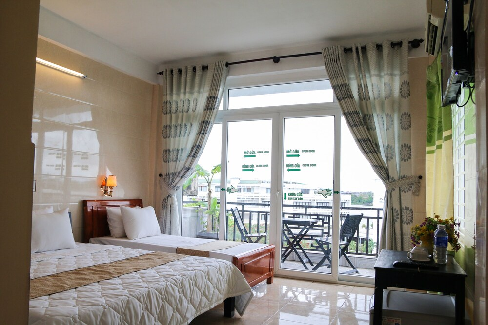 Gallery image of Hue Family Boutique Homestay
