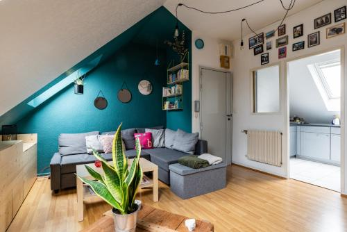 Available And Secure T2 Near The Train Station Of Strasbourg