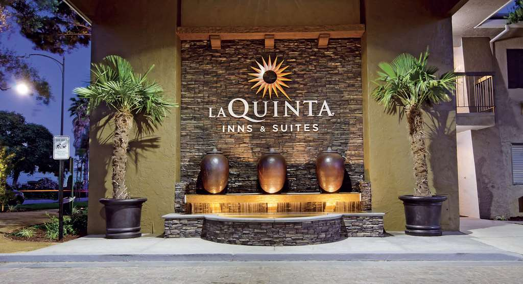 La Quinta Inn & Suites By Wyndham San Jose Airport