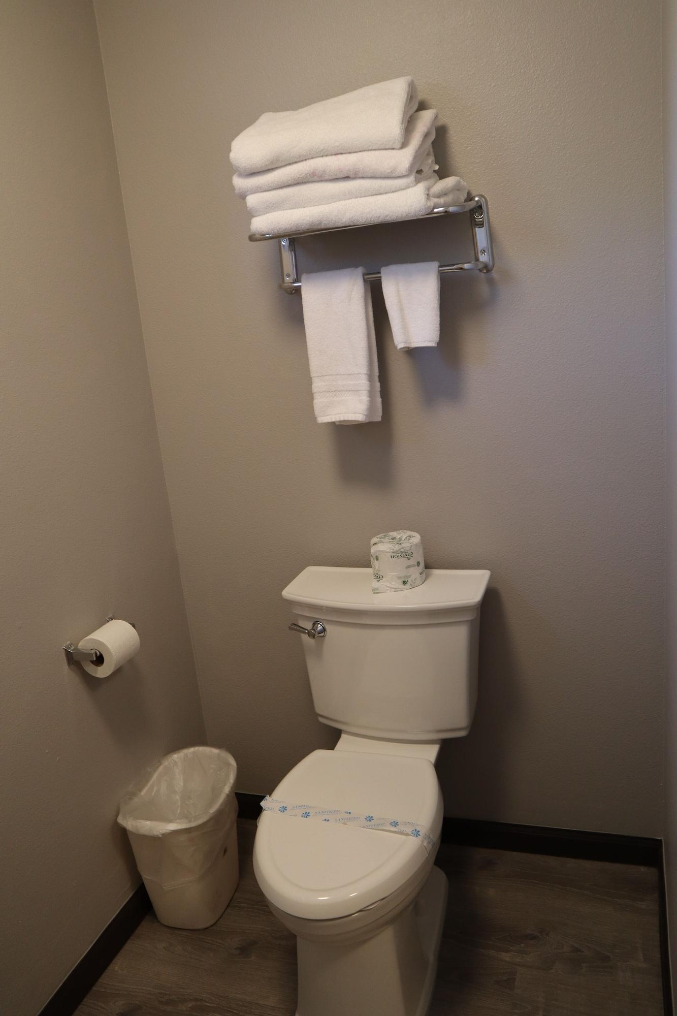 Gallery image of Express Inn & Suites Eugene