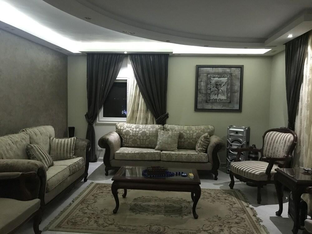 Maadi Royal Palace