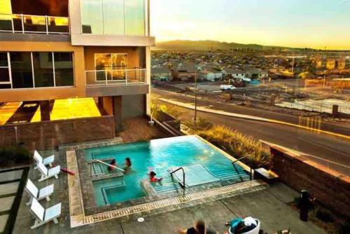 Amazing 2000 Sqft Luxury Loft
