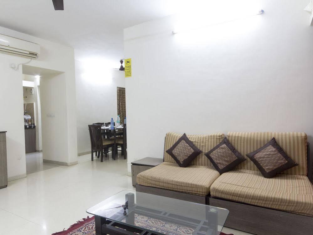 Oyo Apartments Mumbai Ghatkopar