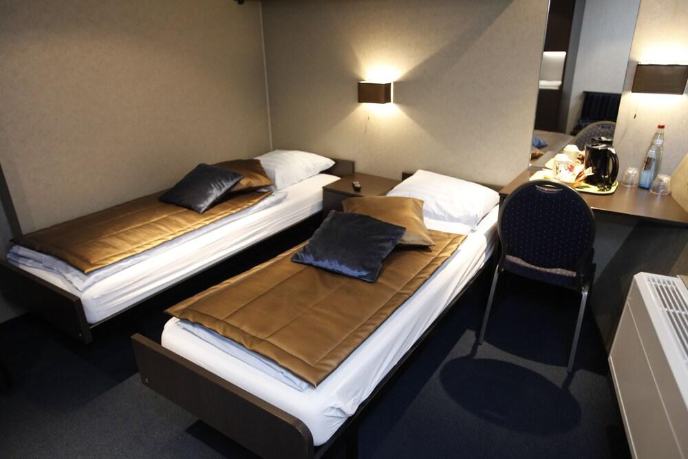 Hotelships Holland Duesseldorf