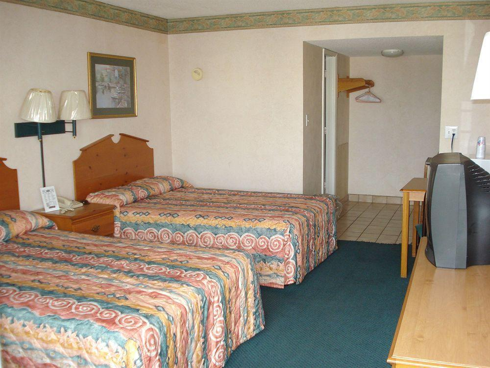 Gallery image of The Virginian Motel