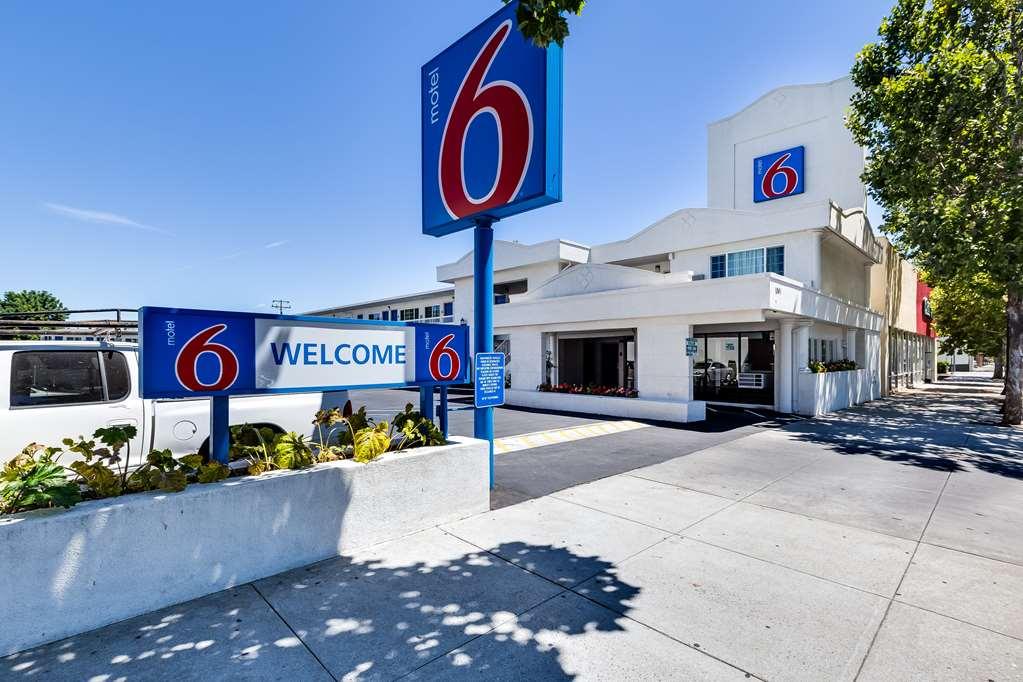 Motel 6 San Jose CA Convention Center