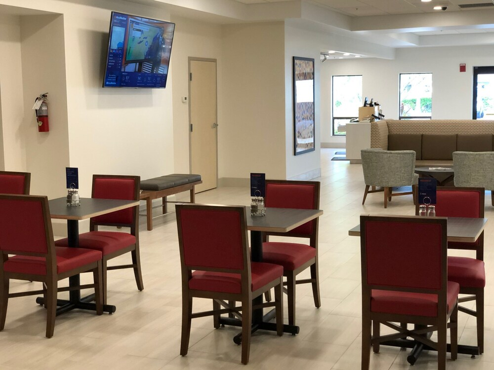 Gallery image of Holiday Inn Express Boca Raton West