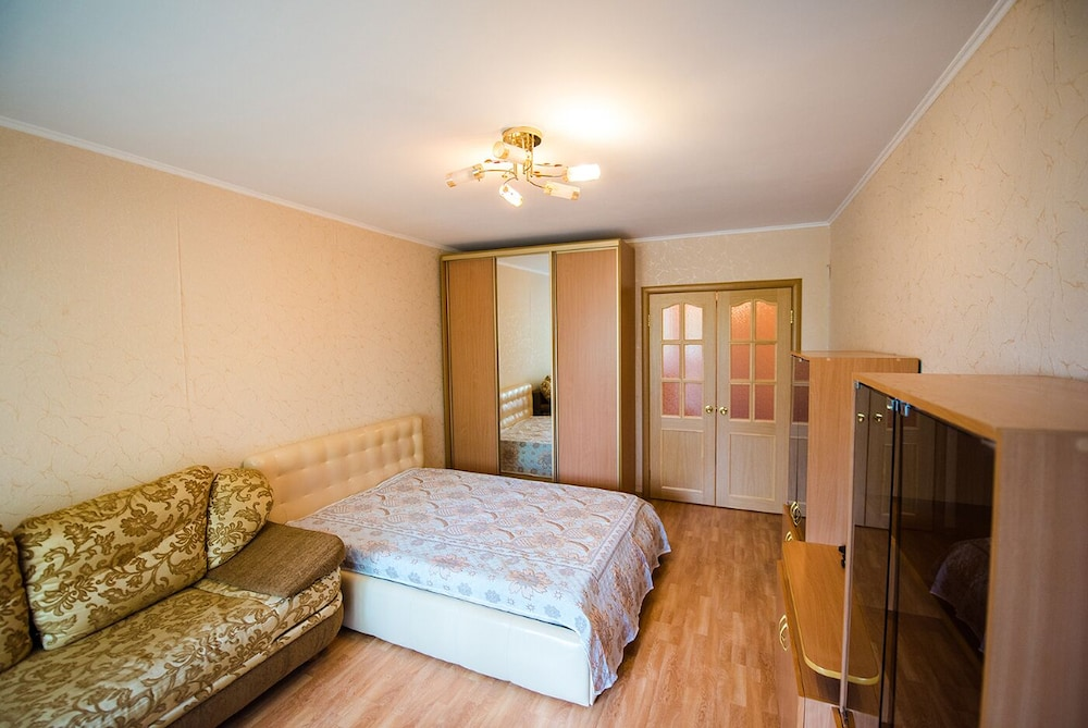 Apartment on Okeanskiy Pr. 46 8