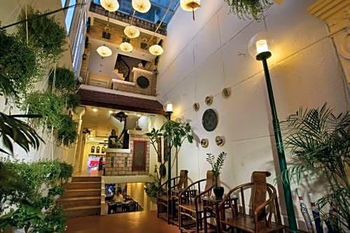Classic Street Hotel