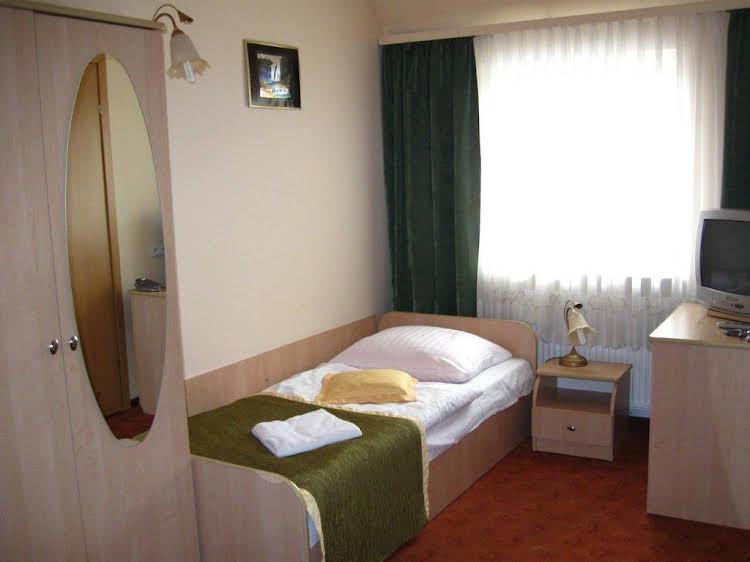 Hotel Junior 2
