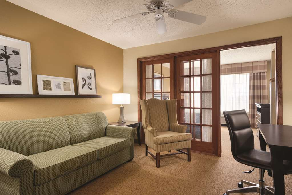 Gallery image of Country Inn & Suites by Radisson West Bend WI