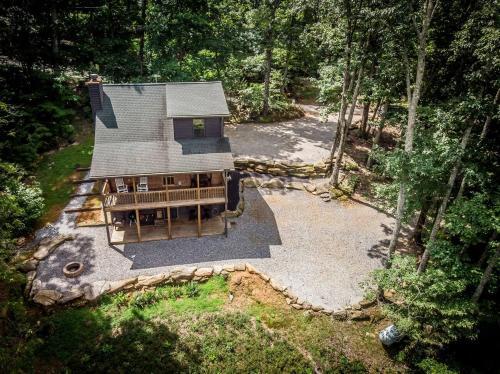 Huckleberry Cabin Rental