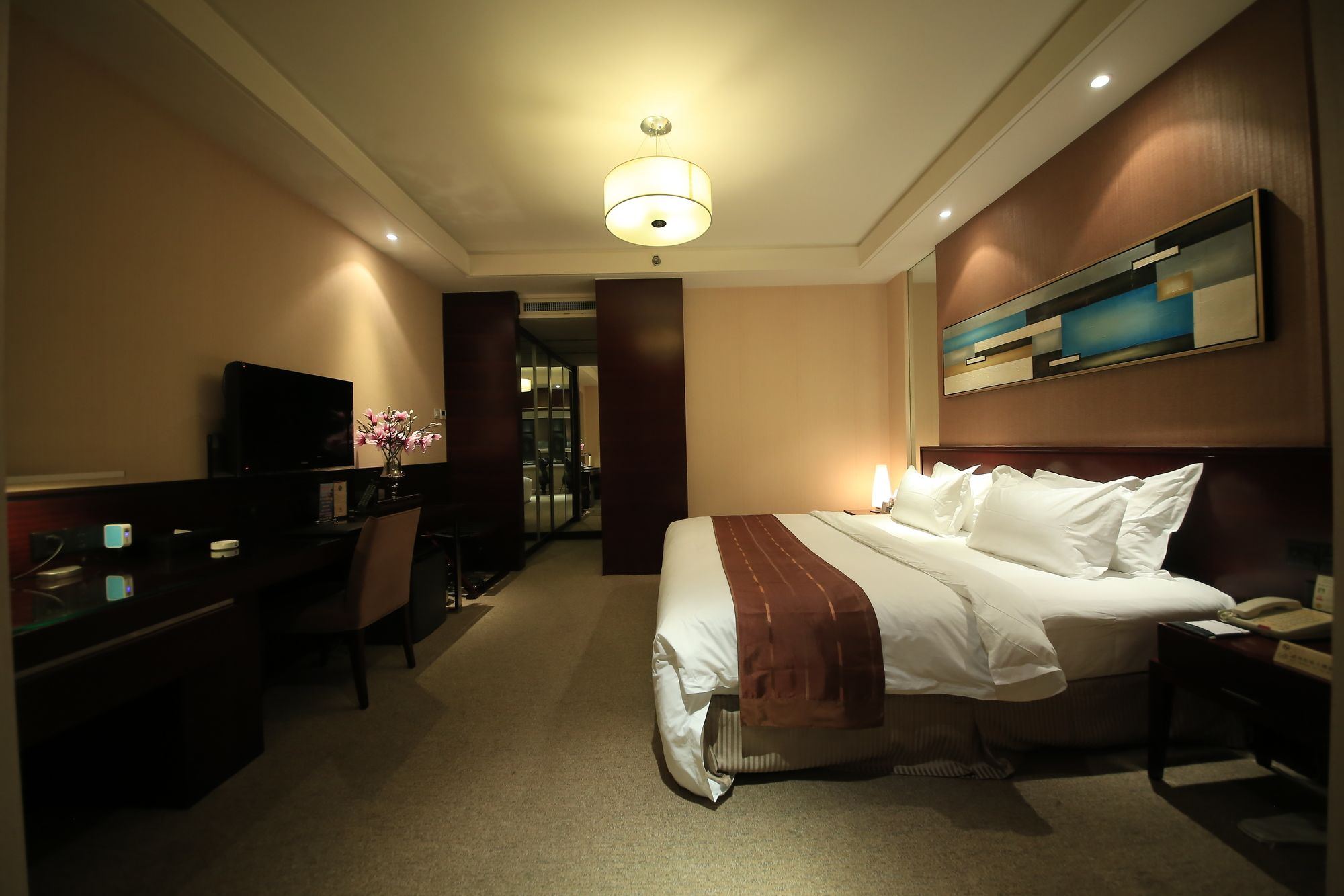 Century Mandarin Hotel