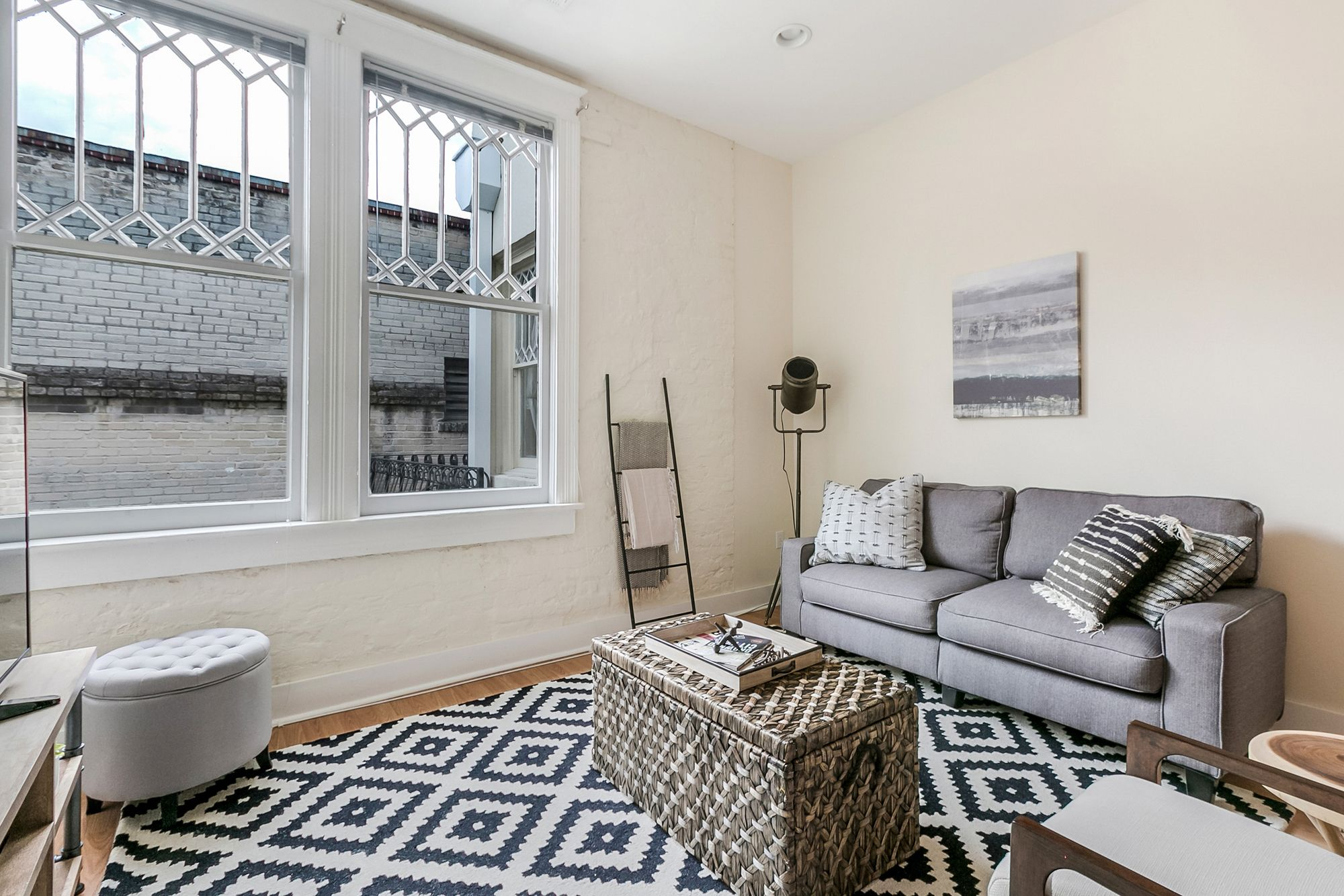 Airy 1BR in Arts Warehouse District by Sonder