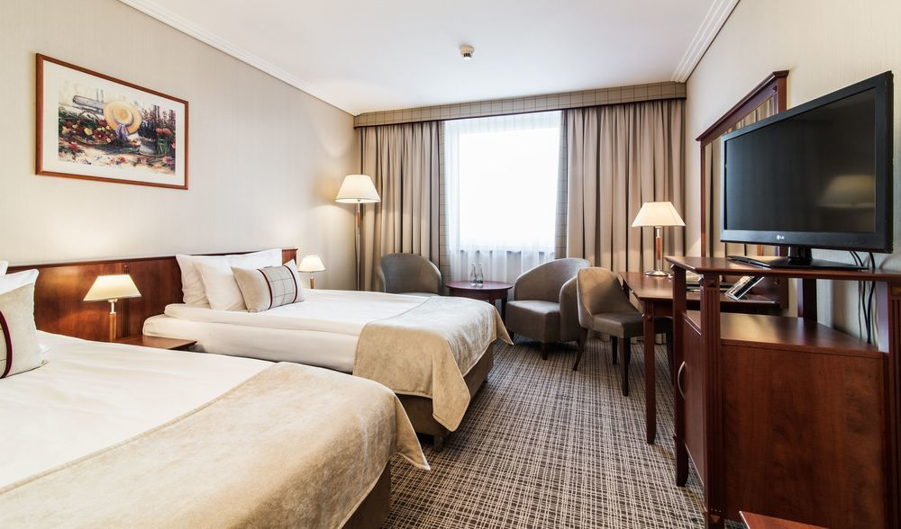 Gallery image of Airport Hotel Ok?cie