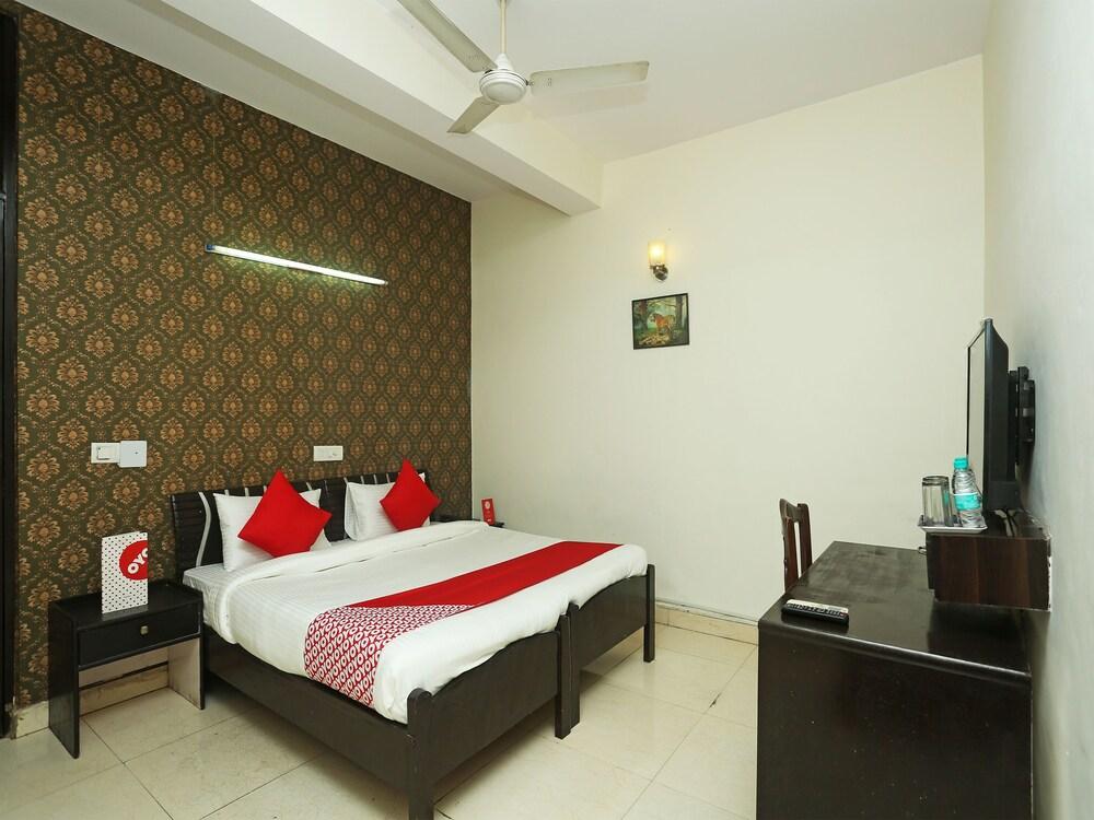 Gallery image of Oyo 18967 Haveli Inn