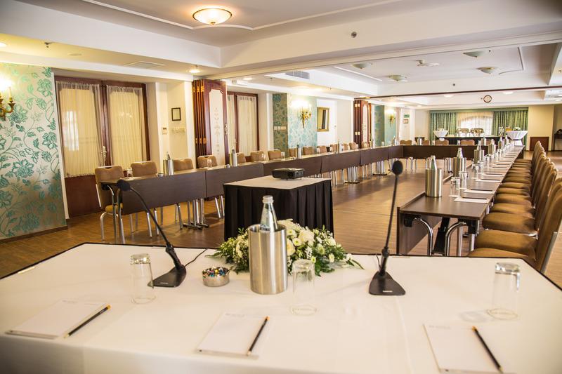 Victoria (ویكتوریا) Conferences