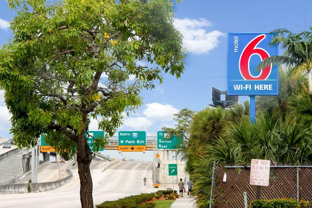 Gallery image of Motel 6 Fort Lauderdale FL