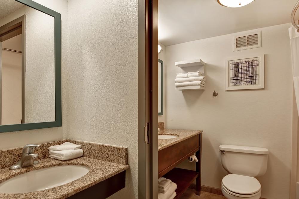 Gallery image of Hampton Inn Scranton at Montage Mountain