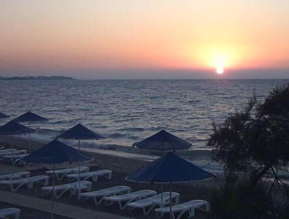 Gallery image of Pylea Beach