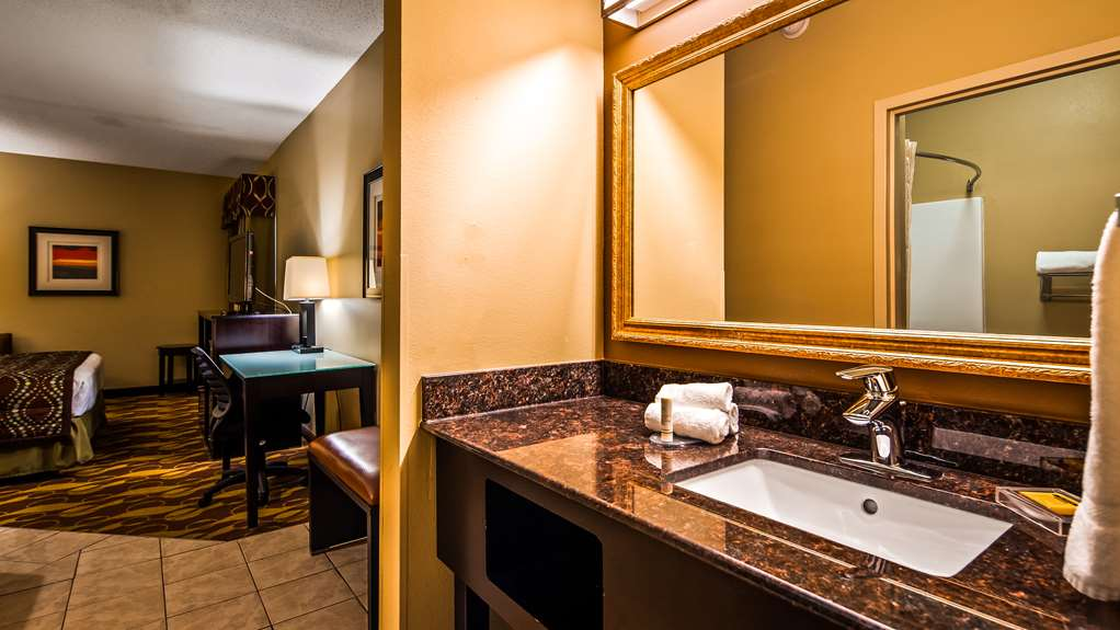 Gallery image of Best Western Plus Wilmington Carolina Beach
