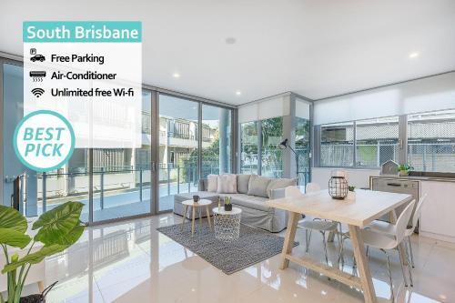 Top Location In South Brisbane Comfy 2bed 2bath
