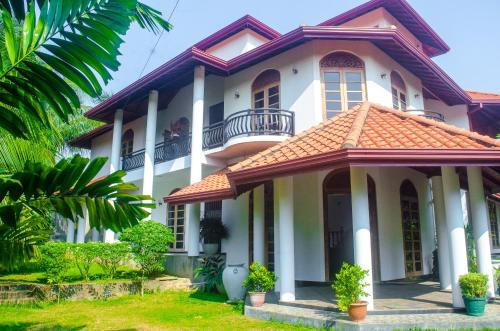 Galle Holiday Home
