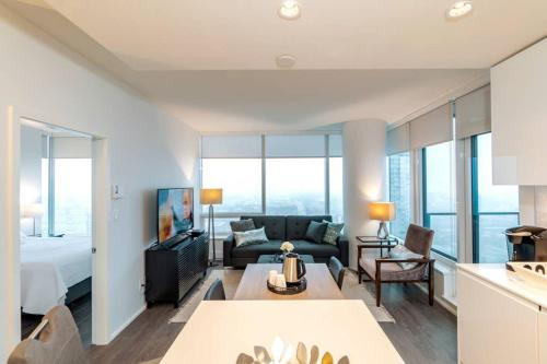 Luxury 2BR Den Condo with Stunning View in Burnaby BC