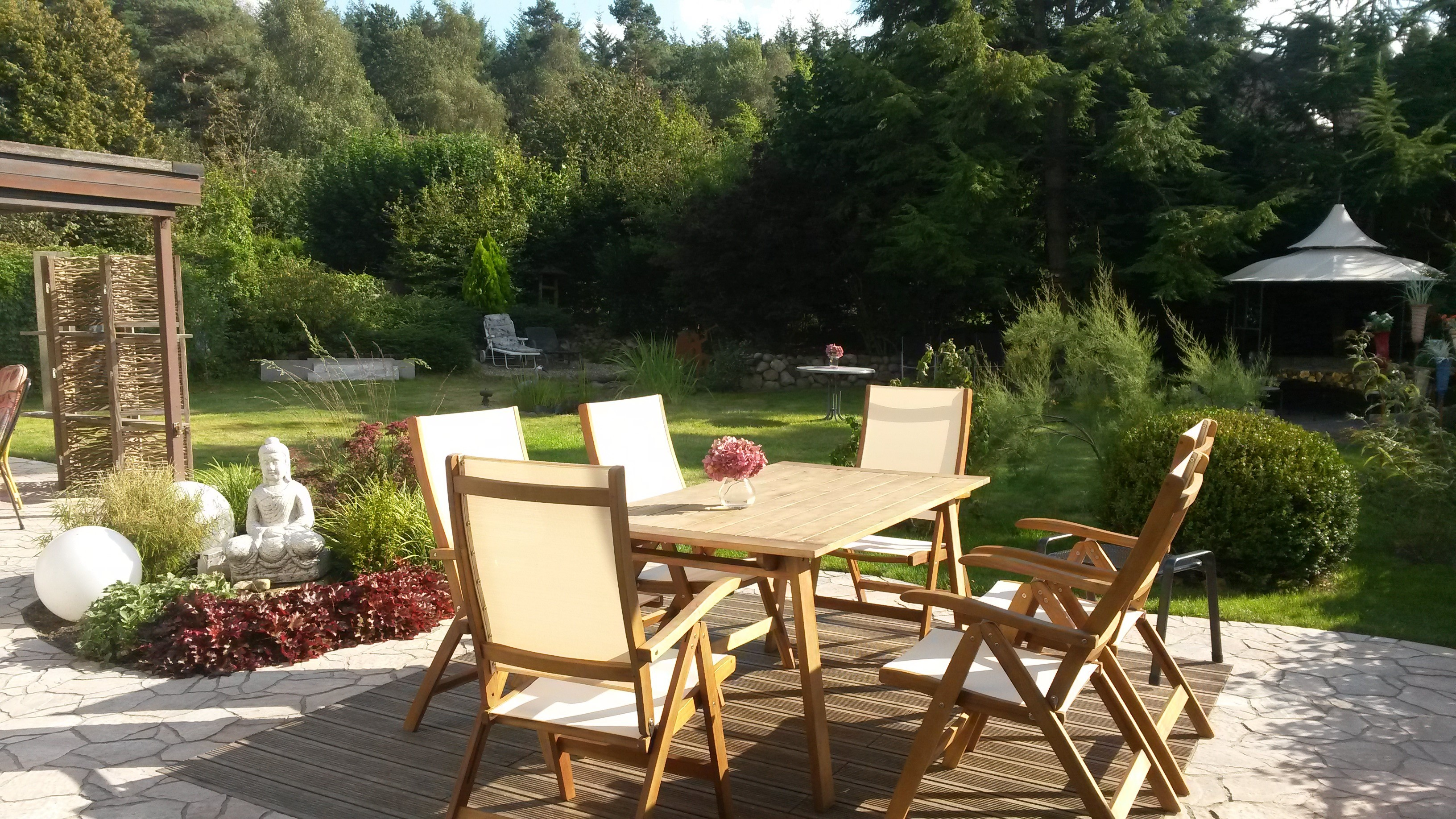 Book Schlafen in Rosengarten with tajawal, Book Now at best low Prices.