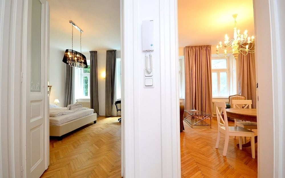 Vienna Residence Great Home for 4 People Near the Famous Schloss Schoenbrunn