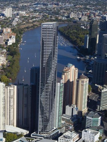 Meriton Suites Adelaide Street Brisbane