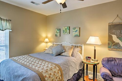 Warm & Welcoming Suite: Amherst Historic District