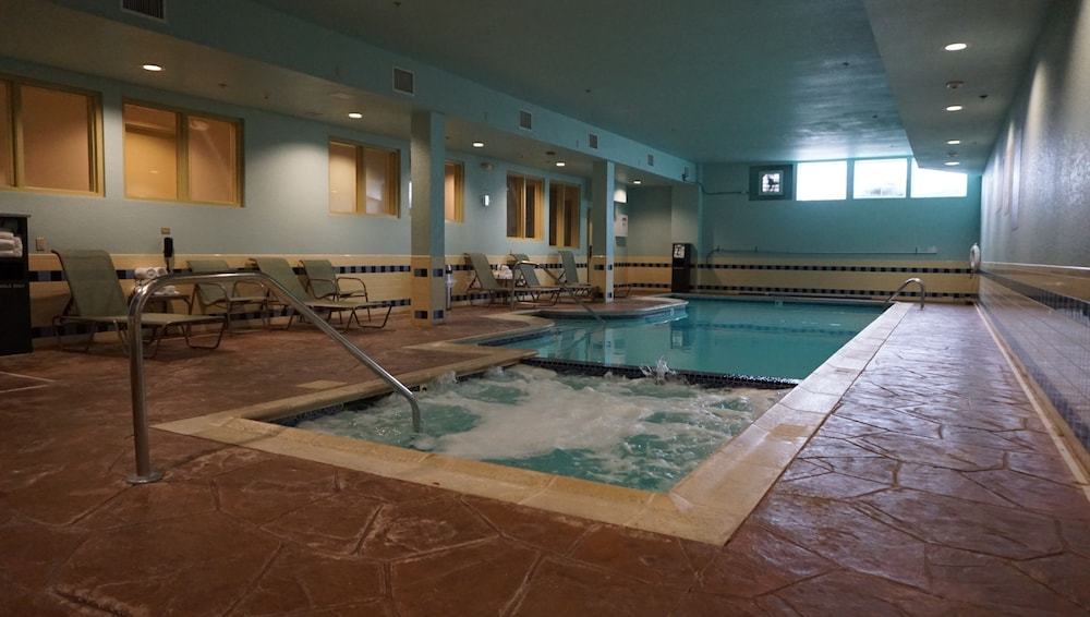 Gallery image of Candlewood Suites West Springfield