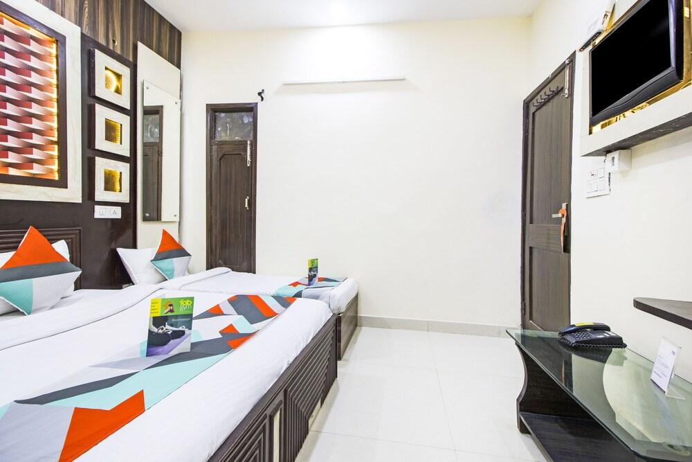 Gallery image of FabHotel Prince Residency