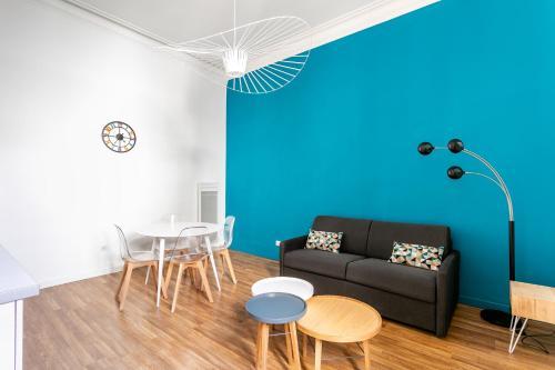 Hôtel particulier situé dans l'Ecusson : appartement fraîchement rénové au calme Class Appart