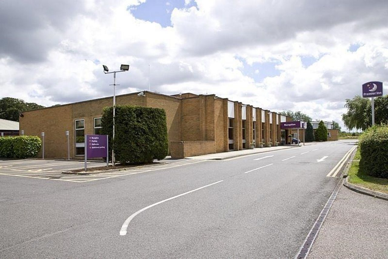 Premier Inn Peterborough J16)