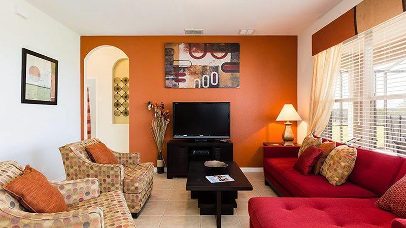 Lavish 6 Bedroom 4 Bath Pool Home in Windsor Hills Resort