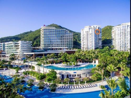 Dadonghai Five Star Ocean View Apartment