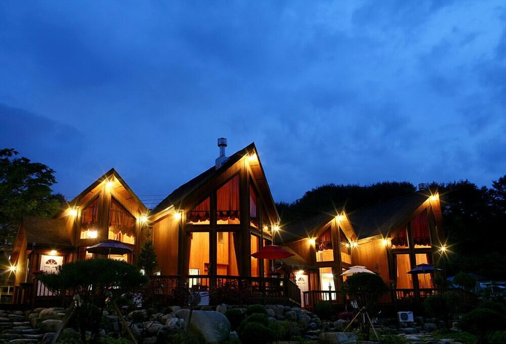 Gallery image of Muju Island Pension