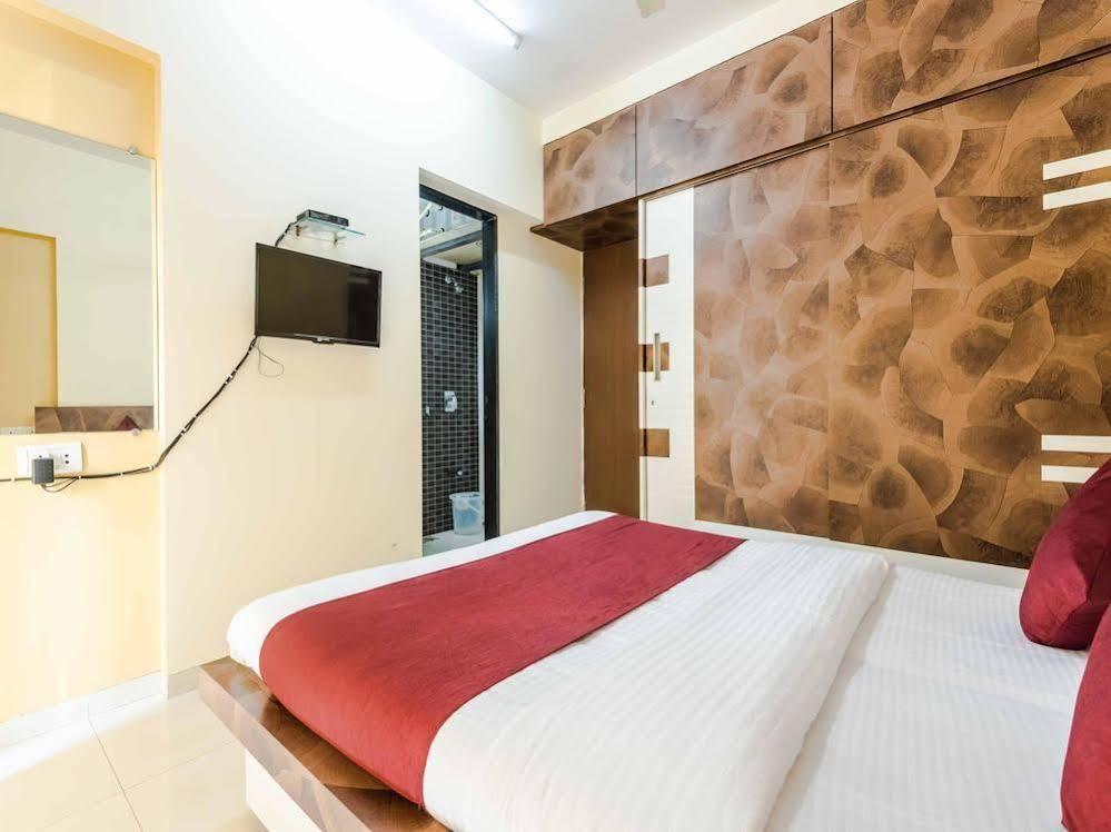 OYO Apartments BKC Kalanagar