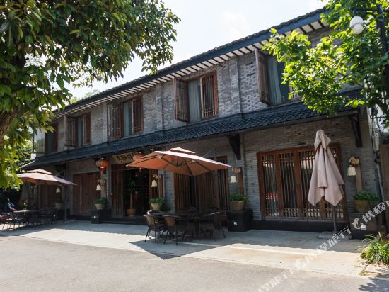 Zen Life Boutique Inn