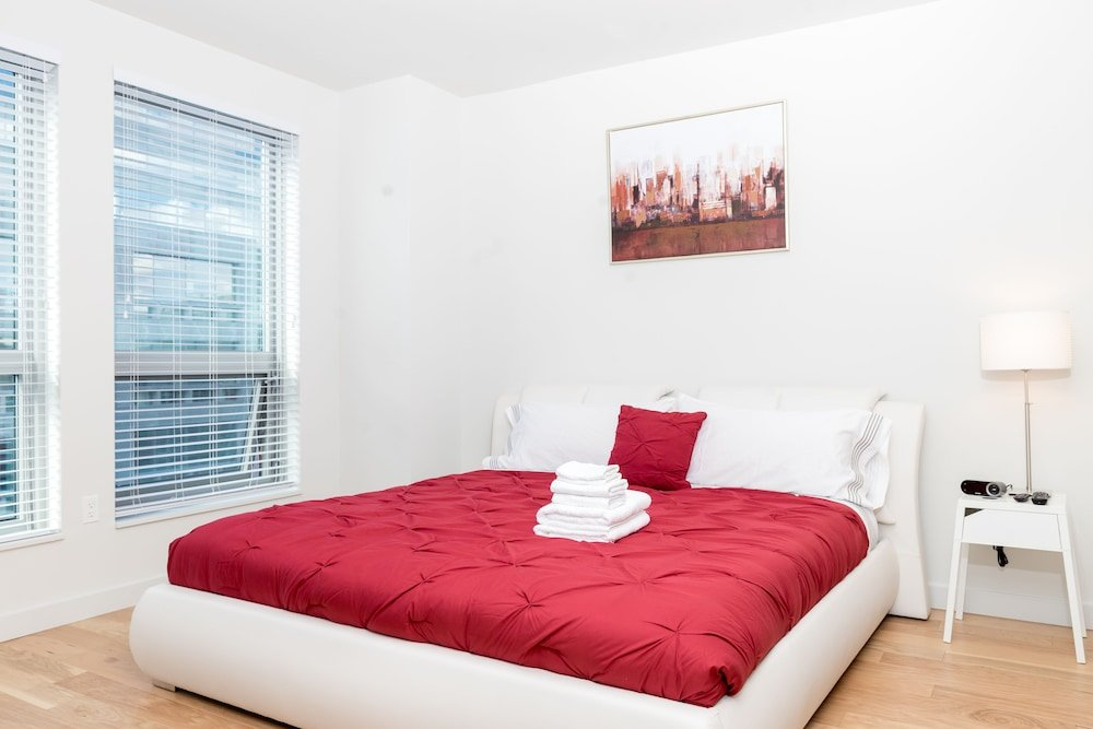 Hollywood & Sunset Furnished Apartments Sleeps 5 6 Guests