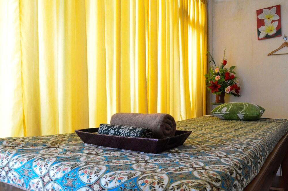 Gallery image of OYO 685 Green Asri Hotel