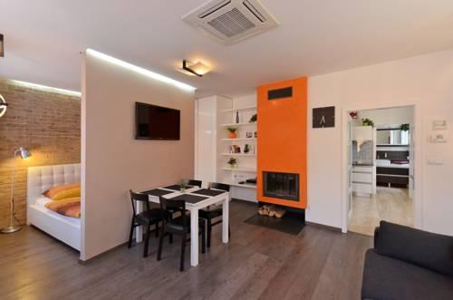 Agnes Apartments