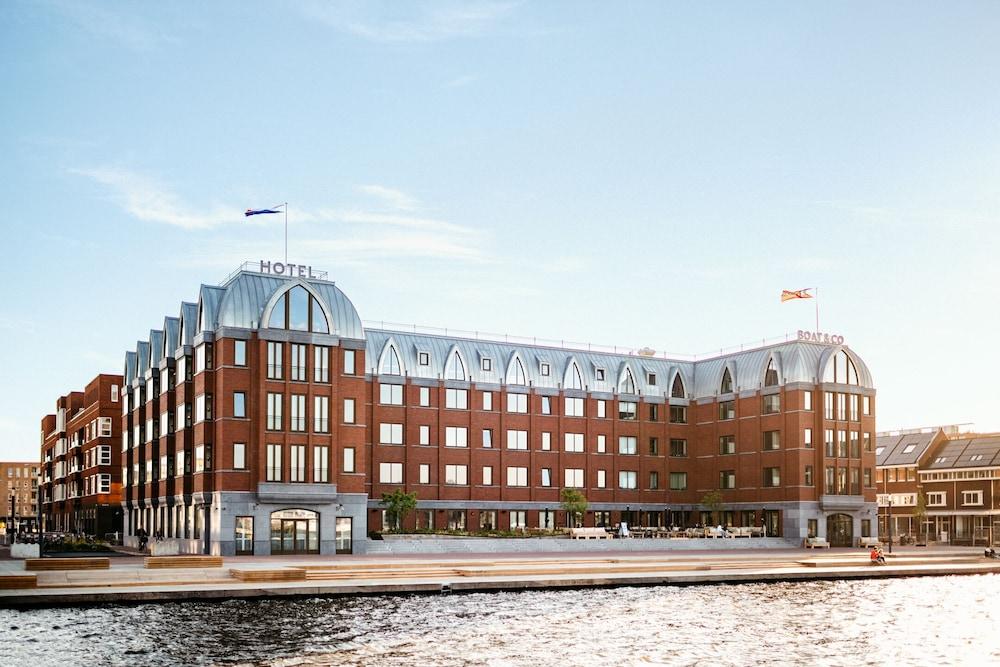Hotel Boat & Co