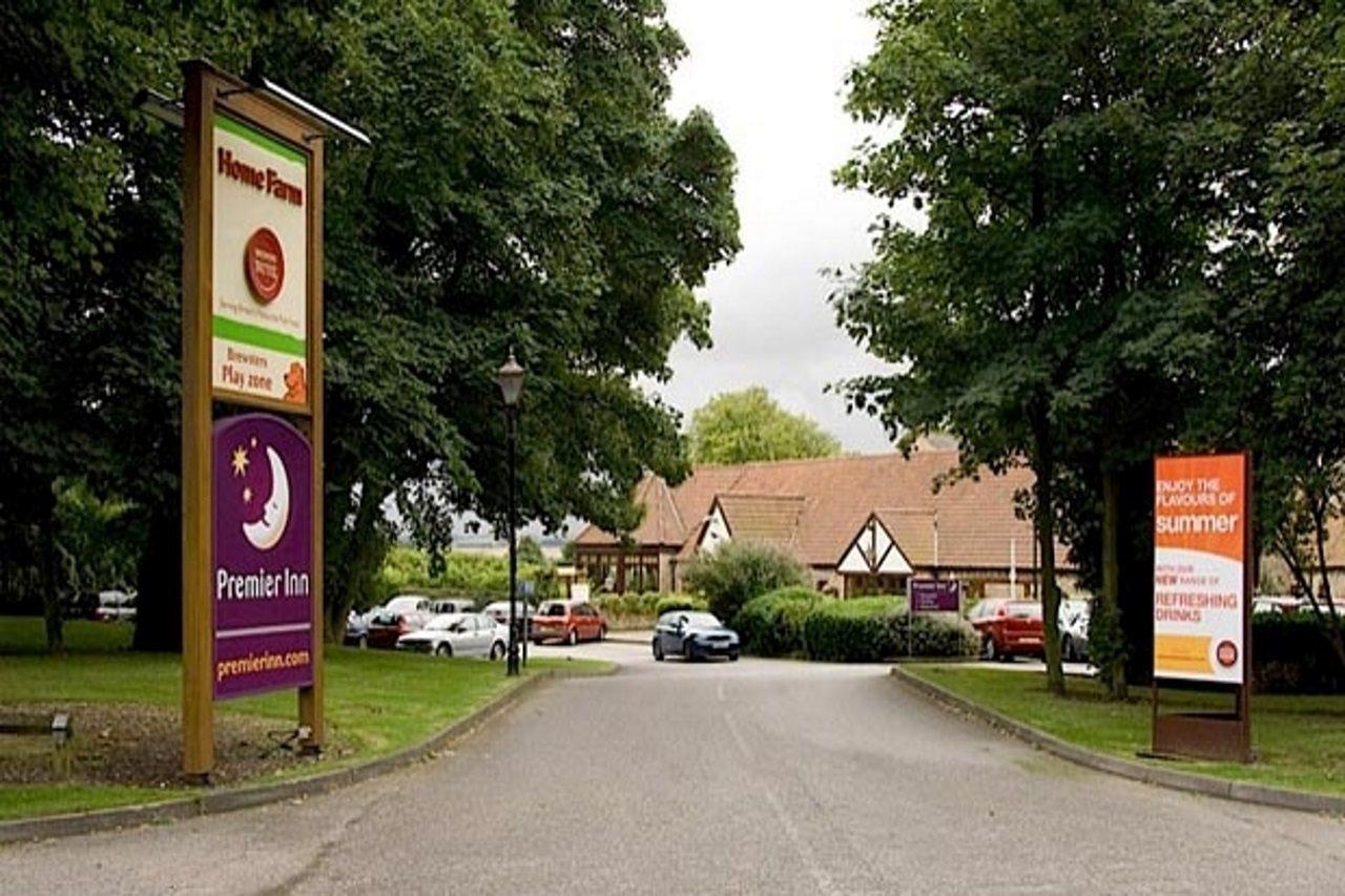 Premier Inn Hull West