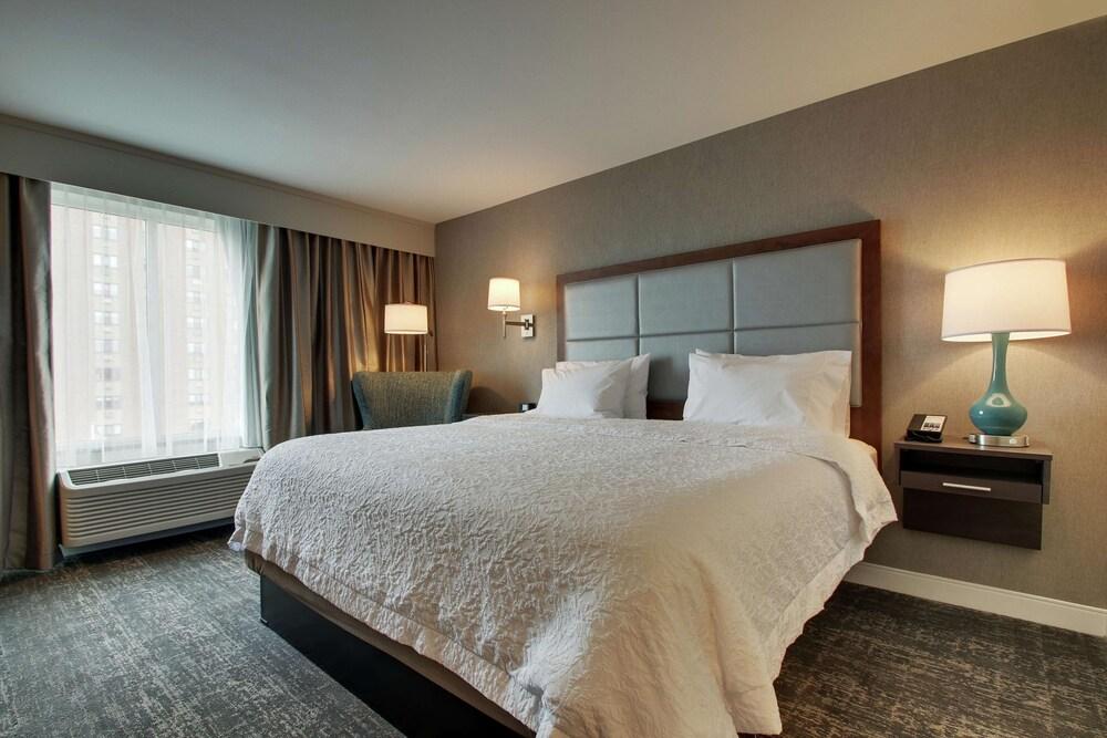 Hampton Inn by Hilton Pawtucket