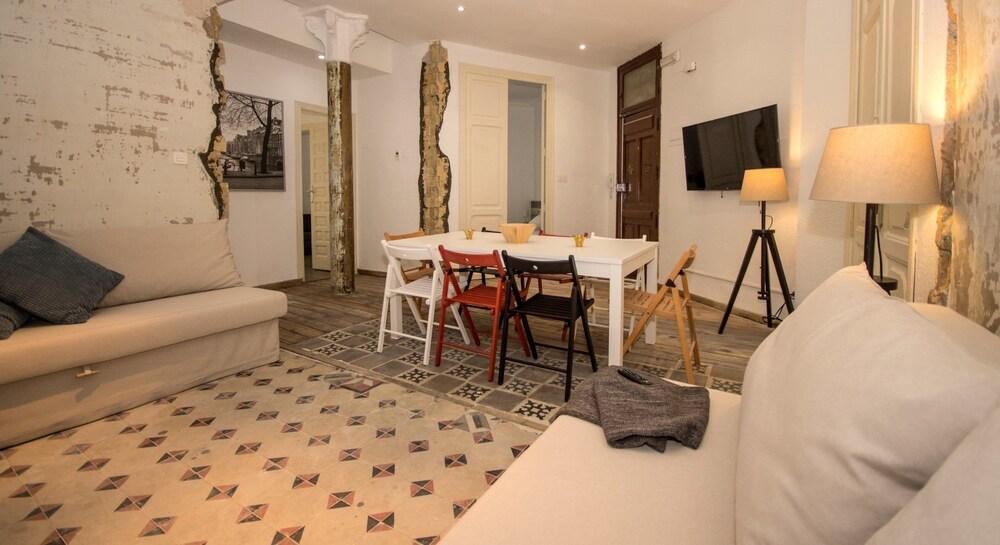 Art Boutique Colon Apartments