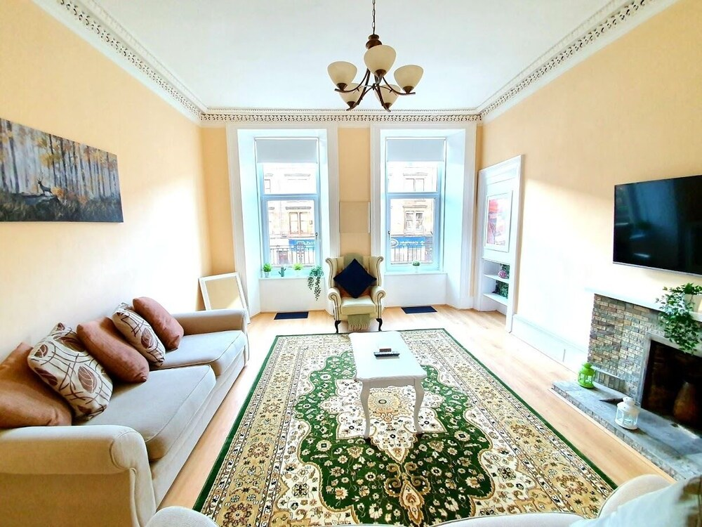 Spacious Apartment In Glasgow