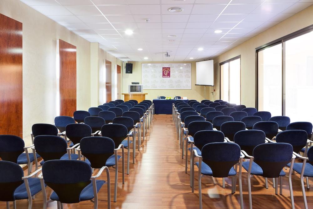 Gallery image of Gf Noelia